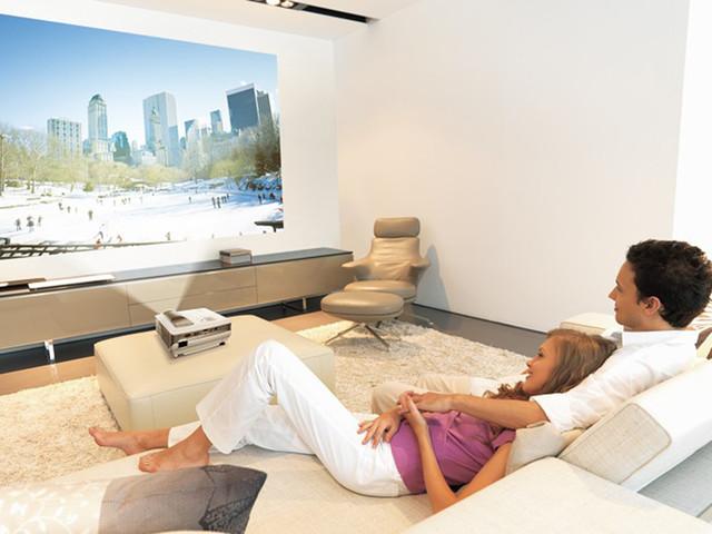 改善生活看这里 租客们也能看到大画面