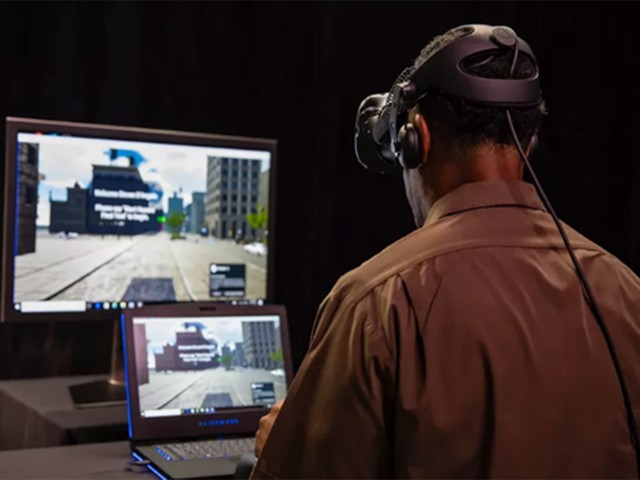 训机构 用VR头盔训练驾驶员