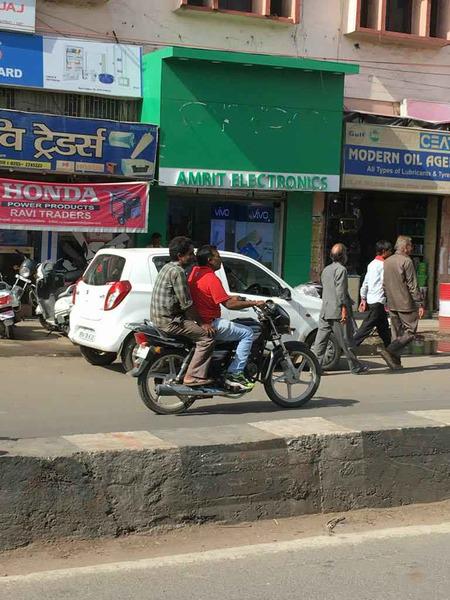 中国手机厂商在印度被砸?真相是这样