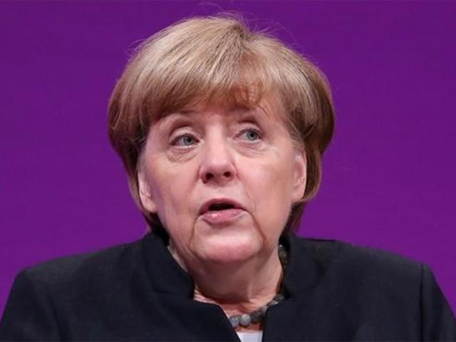 默克尔:德国未来将实施燃油汽车禁售令