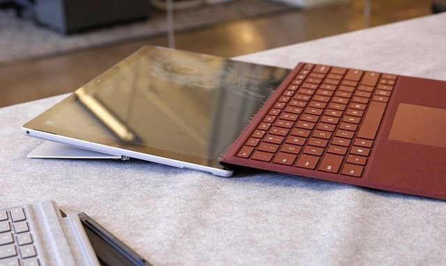 Surface终于迎来LTE版 最高下行450Mbps