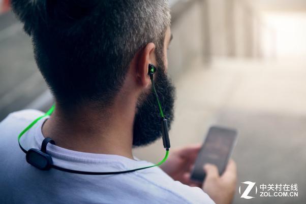 RAZER扩充耳塞产品线:新款战锤狂鲨曝光