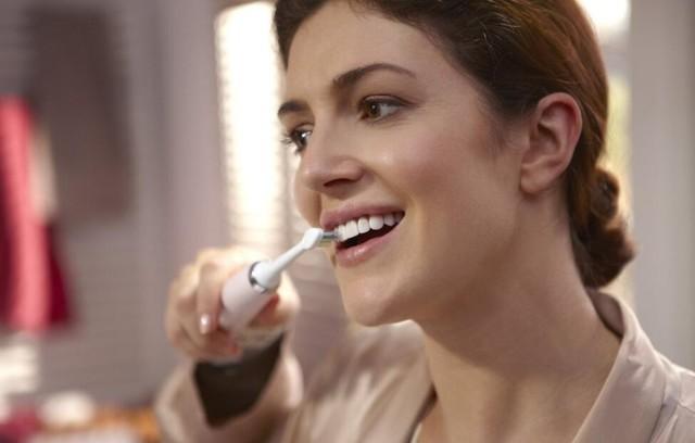 让微笑更自信 牙齿亮白的秘籍在这里