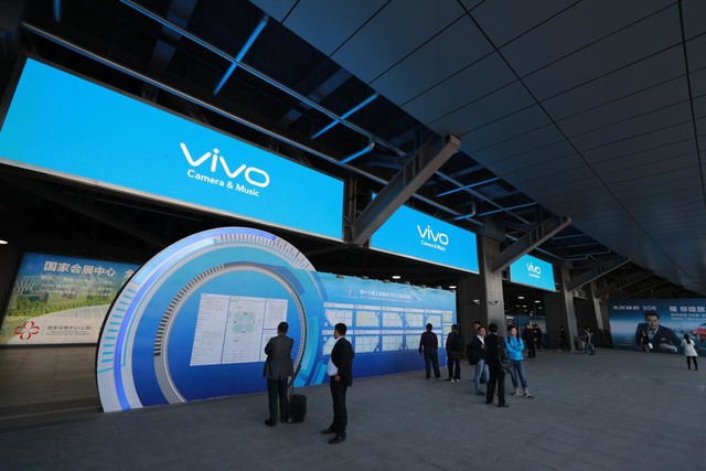 vivo与库里再度霸屏:这次瞄准了上海车展