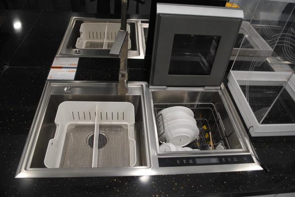 省水还是废水 家用洗碗机真的好用吗