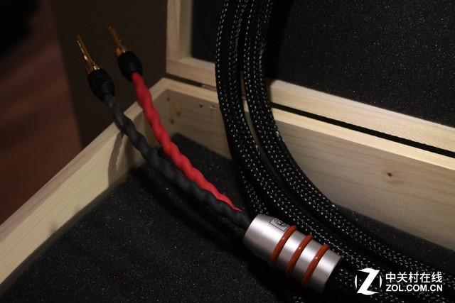 音质不够换线来凑 德国AA发烧线材展台