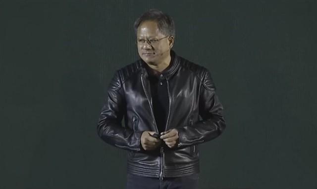 NVIDIA黄仁勋偷耶英特尔:摩尔定律失效