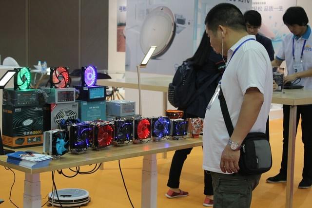 炫酷超频三亮相CIE2016品牌消费品展
