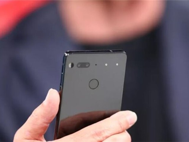 Essential Phone主动降价:新配色即将推出