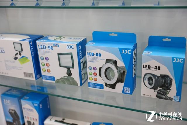 P&E2017 金佳城展台的多系列摄影配件