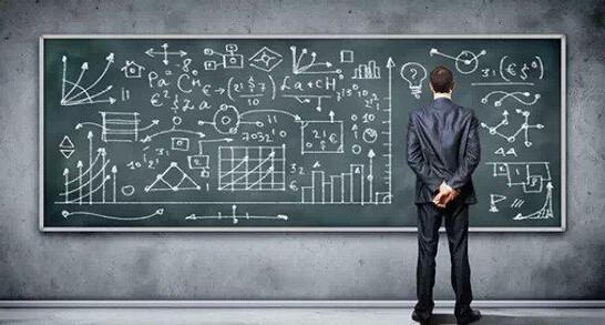 电竞比赛中 数据分析师扮演怎样的角色?