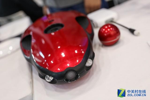 P&E2017 能拍摄4K视频的潜水艇无人机