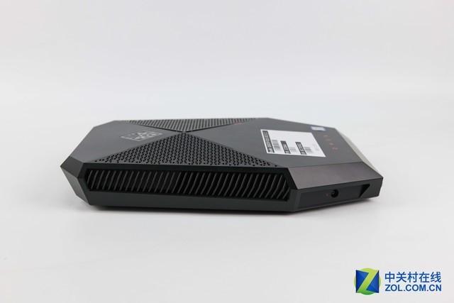背包式VR电脑 惠普OMEN X Compact评测
