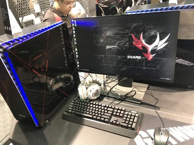 COMPUTEX2017:京天华盛展示超强游主机