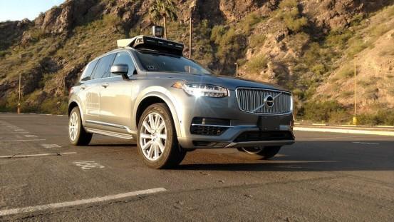 遇到了假的人工智能:内部文件显示Uber无人驾驶还要人工干预