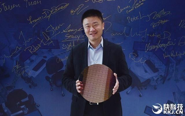 不是CPU?Intel 64层闪存率先商用10nm