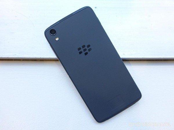 TCL同款安卓机 299美元黑莓DTEK50发布