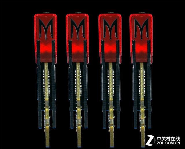 附赠风扇 影驰GAMER DDR4-2400 8GB热售