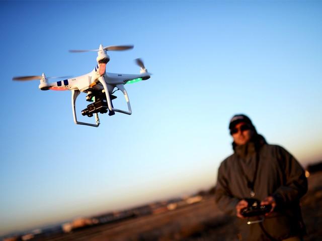 无人机新规出台:最高罚3万购买需谨慎