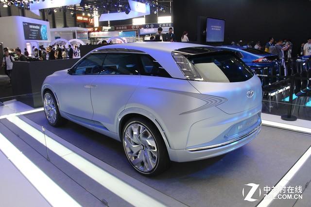 水之流线 现代FE氢燃料概念车亮相CESA