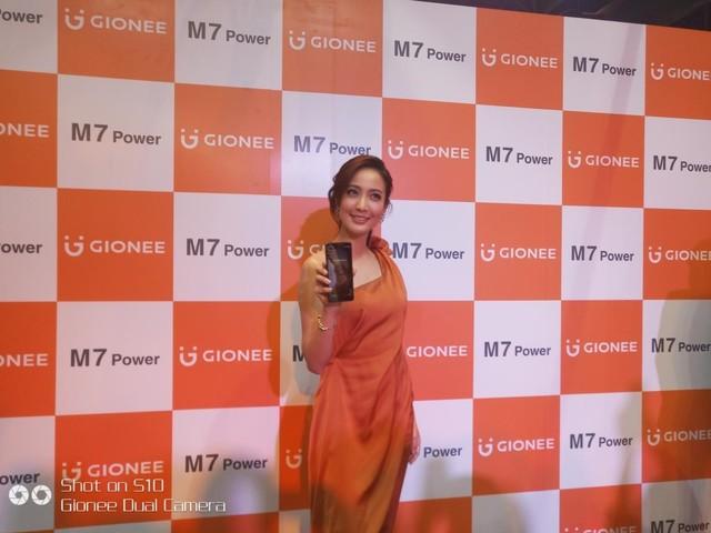 金立泰国发布M7 Power 女星Taew代言