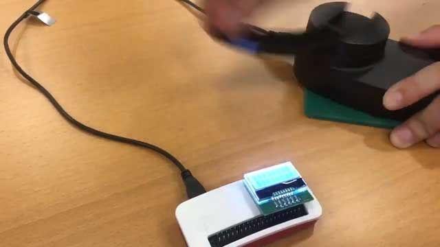 过瘾!日本DIY达人自制手动挖比特币