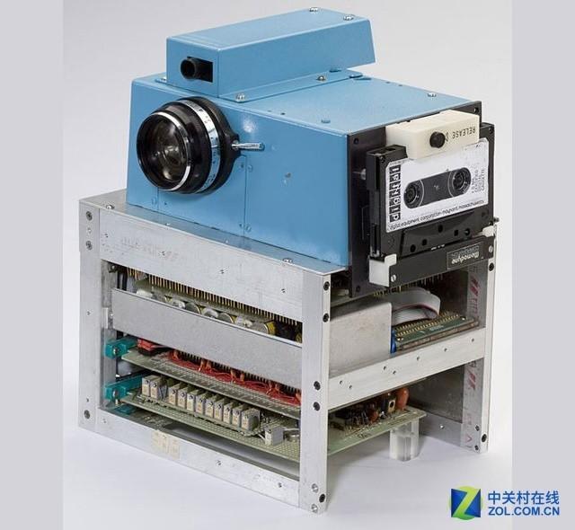 """数码""""芯""""历史 相机厂商三十年的恩怨情仇"""
