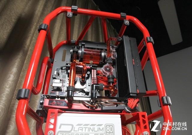 Z工坊:满载不过50度 万元攒水冷定制机