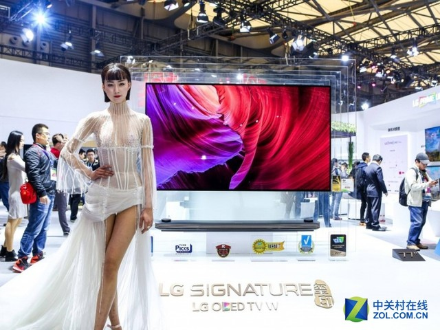 从电视到手机 OLED技术即将全尺寸制霸