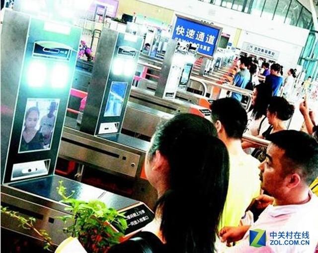 武汉火车刷脸进站 面部识别技术来了