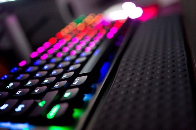 以品质打动玩家,血手幽灵复活者RGB键盘