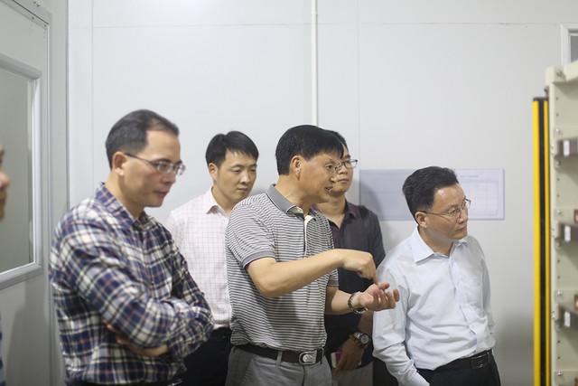 汕大校长一行参观考察珠海智迪科技