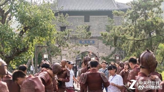 """三国题材电影""""刘关张""""背影照片曝光"""