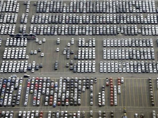 2030年前禁售内燃机汽车 致60万工人失业