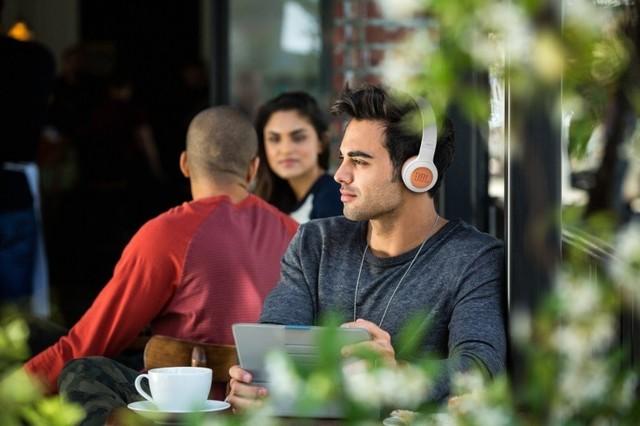 聆听不凡 JBL发布DUET BT无线耳机新品