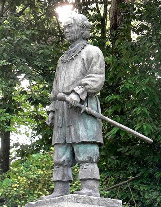 《荣耀战魂》兵器传说:草薙剑的故事