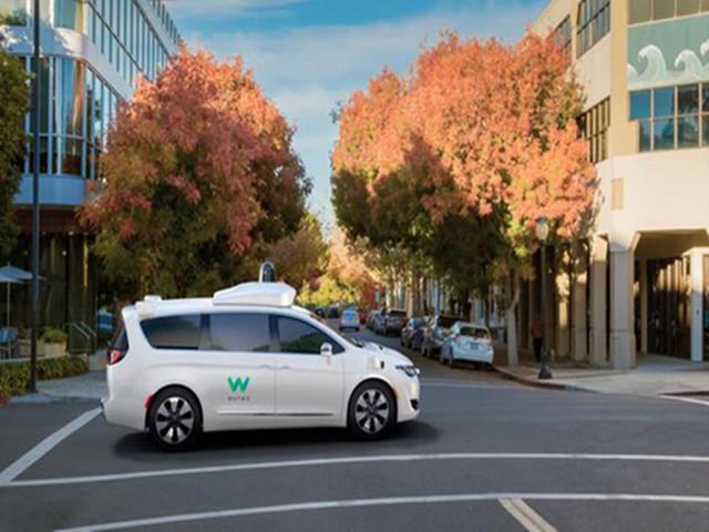 谷歌无人车即将开始载客:八年来首次