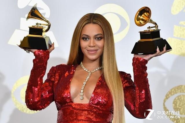 第59届格莱美奖揭晓 Adele成最大赢家